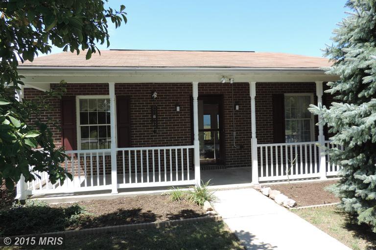 14 Kensington Dr, Chambersburg, PA 17201