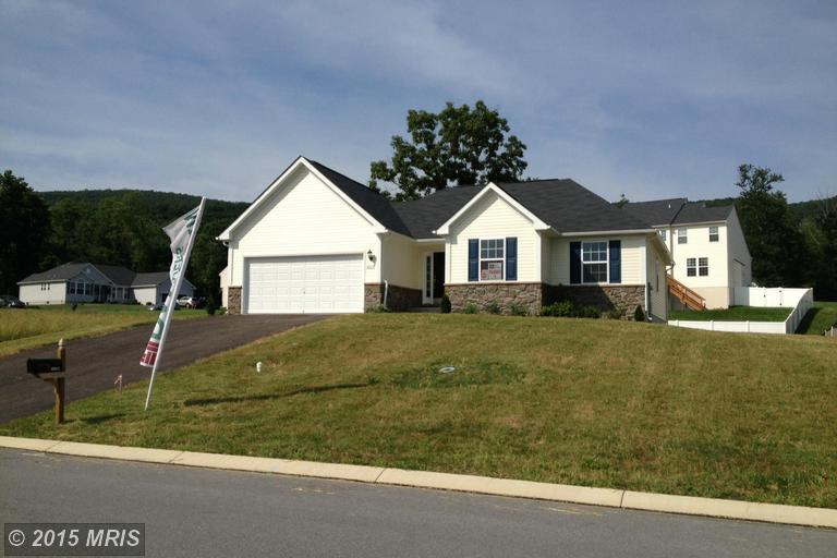 Wedgewood Dr, Greencastle, PA 17225
