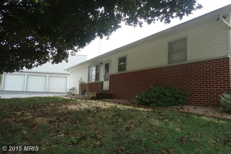 4306 Clay Hill Rd, Waynesboro, PA 17268