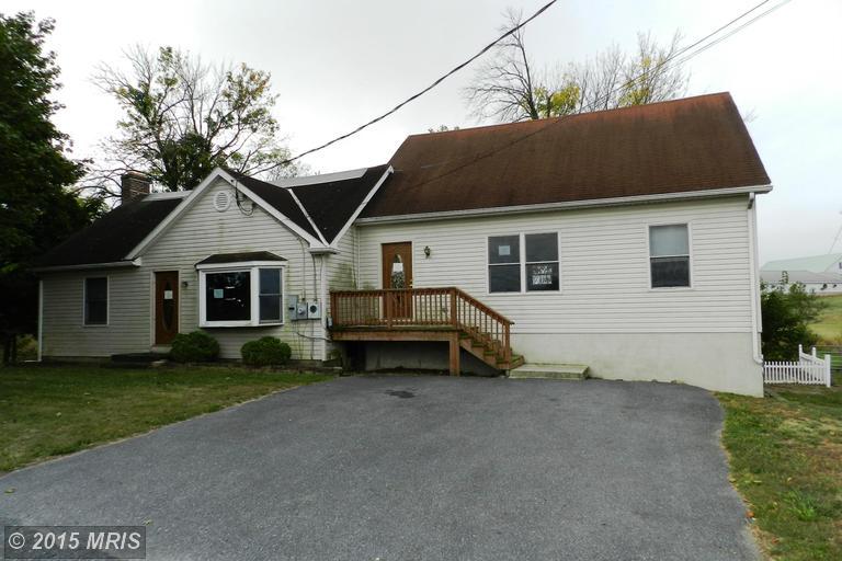 1378 Milnor Rd, Greencastle, PA 17225
