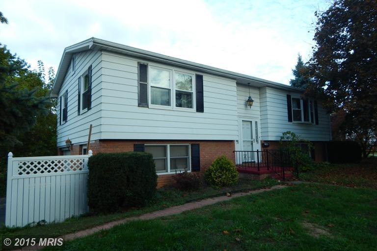 700 Park St, Waynesboro, PA 17268