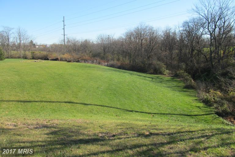 Hamilton Hills Dr, Chambersburg, PA 17202