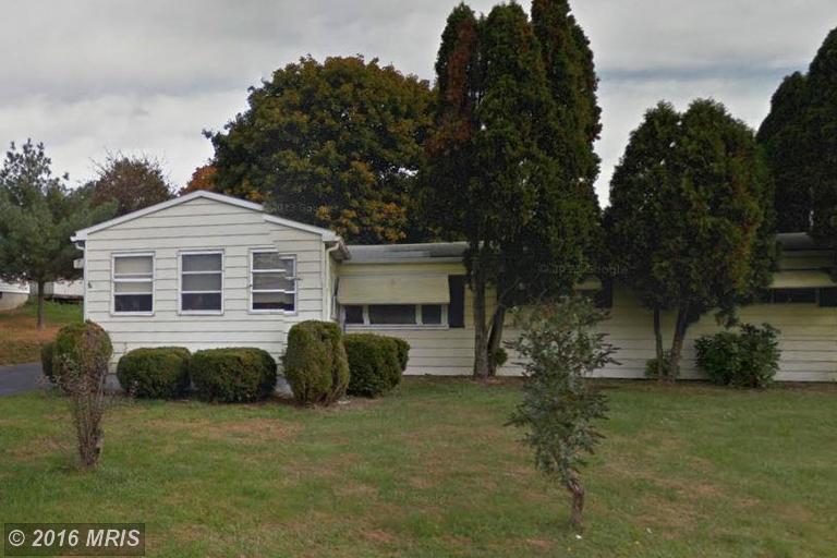 857 High St, Chambersburg, PA 17202