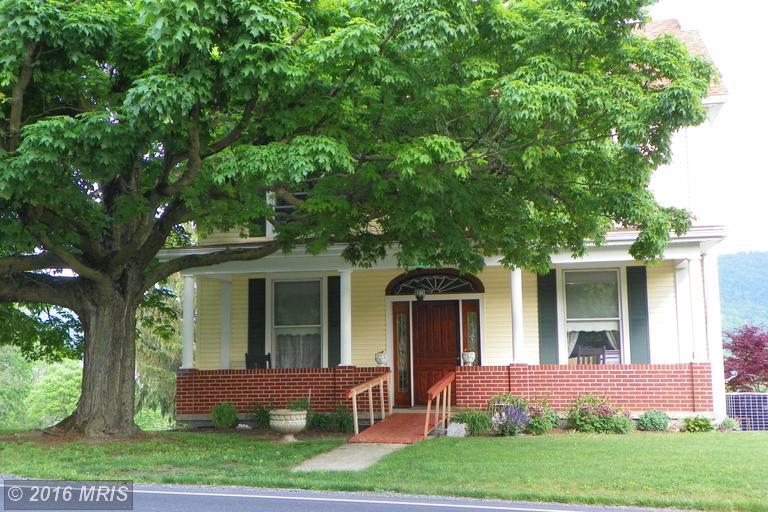 10680 Path Valley Rd, Fannettsburg, PA 17221