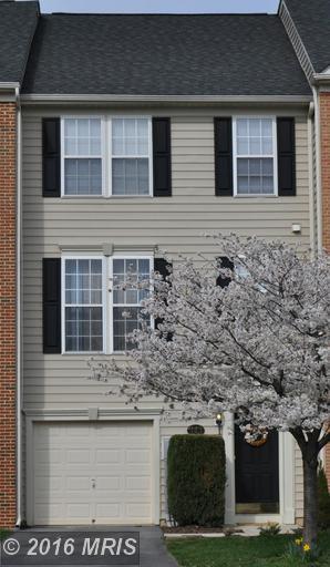 343 Lantern Ln, Chambersburg, PA 17201
