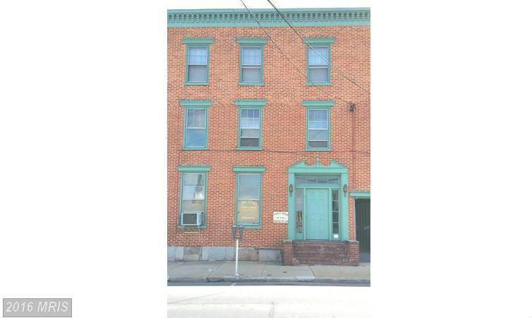 30 S 2nd St, Chambersburg, PA 17201