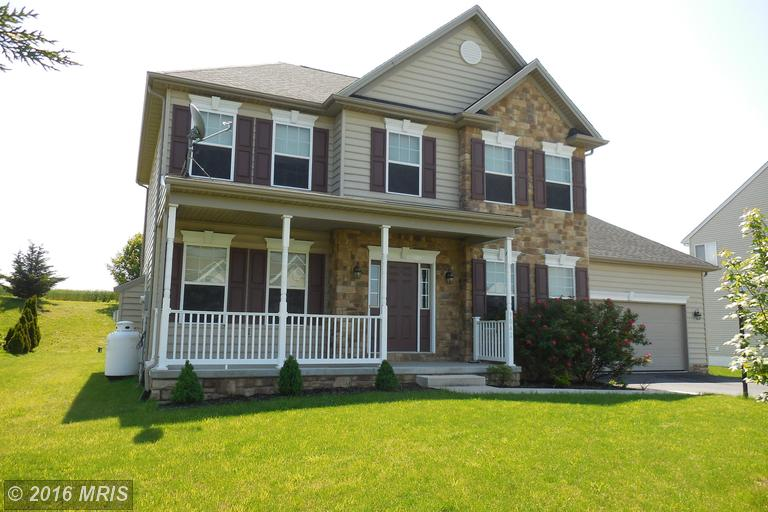 9042 Lindale Ave, Greencastle, PA 17225