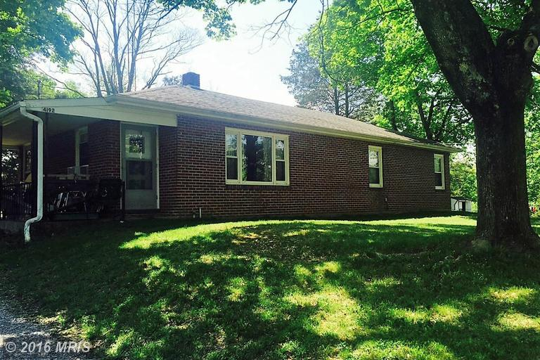 4192 Coseytown Rd, Greencastle, PA 17225