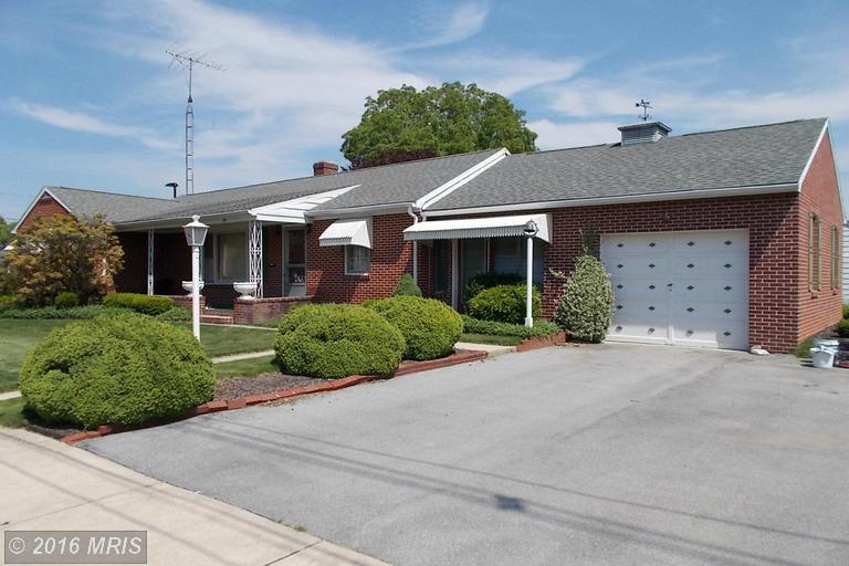 790 S Coldbrook Ave, Chambersburg, PA 17201