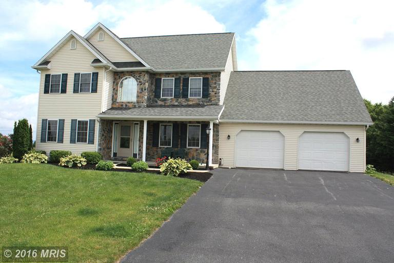 980 CRANBERRY DRIVE, Chambersburg in FRANKLIN County, PA 17202 Home for Sale