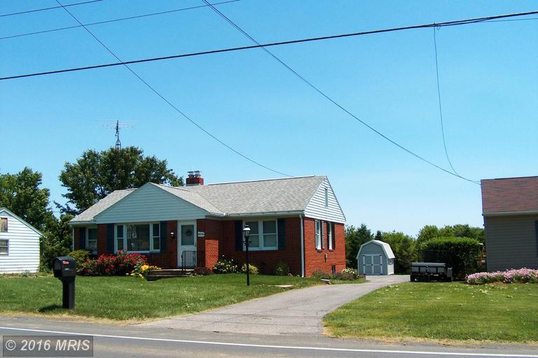 5274 Fort Loudon Rd, Mercersburg, PA 17236