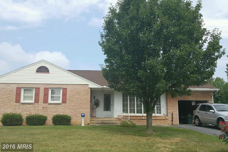55 Fersfield Rd, Chambersburg, PA 17202