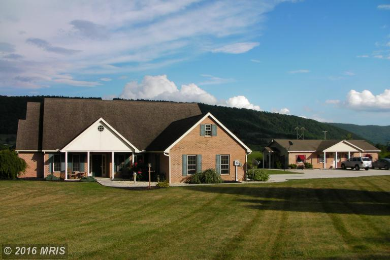 16715 Path Valley Rd, Spring Run, PA 17262