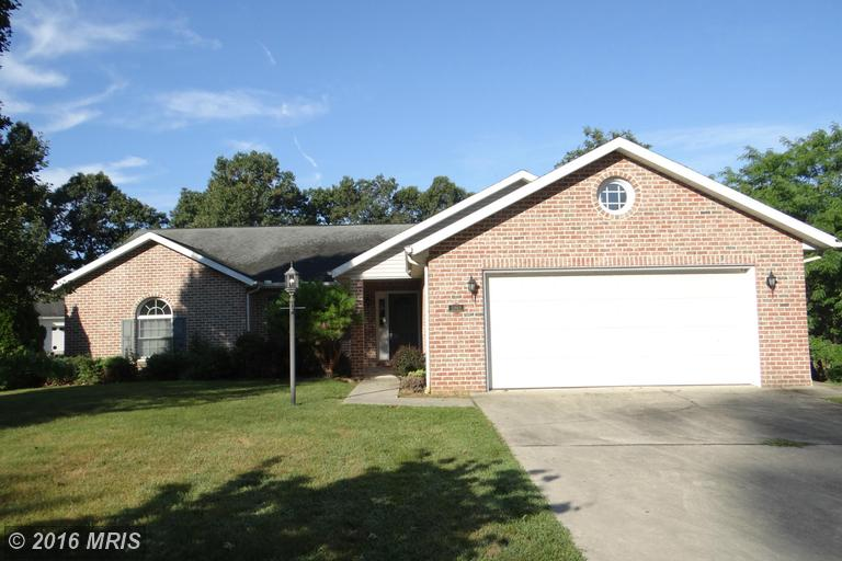 5989 Greenbriar Ter, Fayetteville, PA 17222