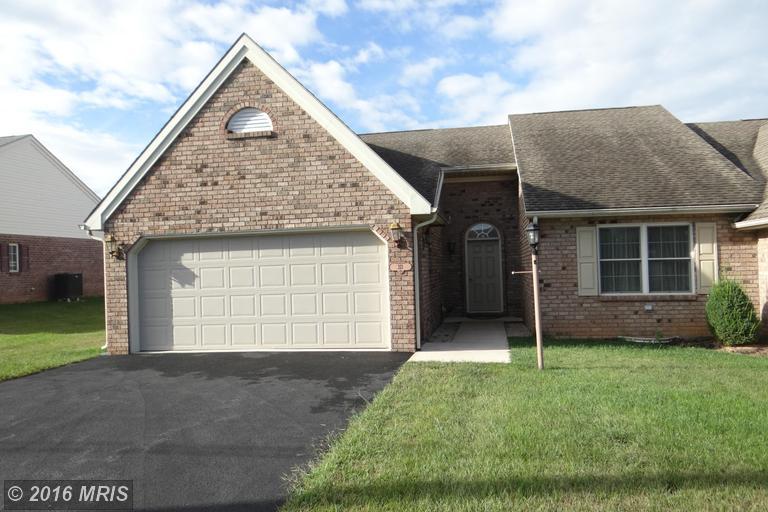 213 Mill Rd, Chambersburg, PA 17201