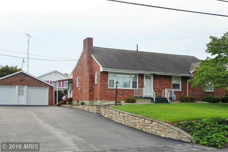 3643 Wayne Rd, Chambersburg, PA 17202