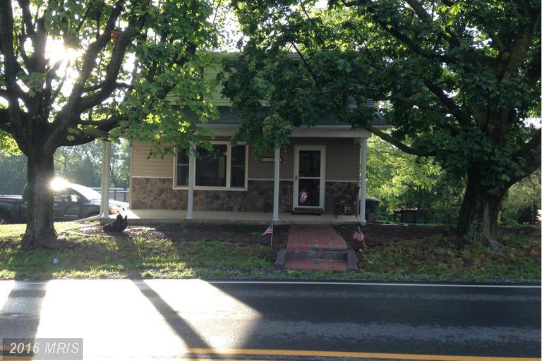 10685 Path Valley Rd, Fannettsburg, PA 17221