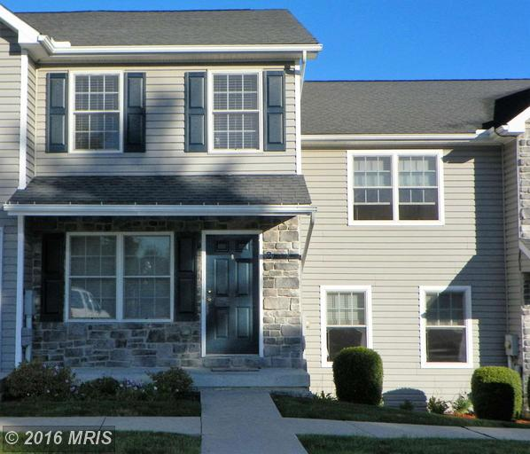 604 N Potomac St, Waynesboro, PA 17268