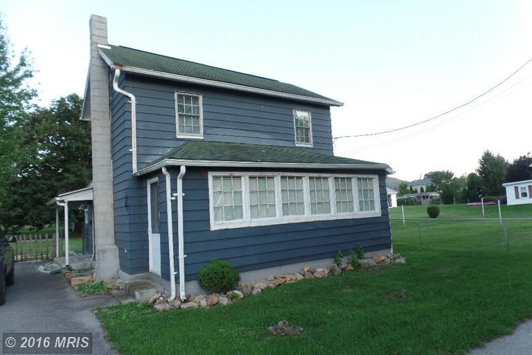 105 Maple St, Mont Alto, PA 17237