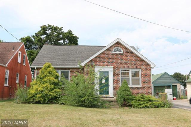 574 Stanley Ave, Chambersburg, PA 17201