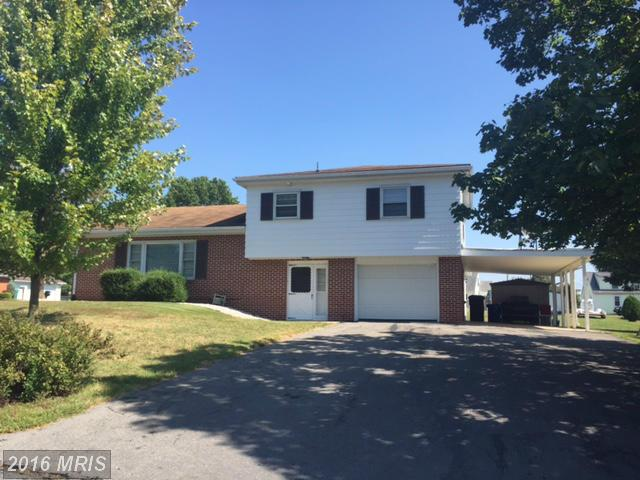 1608 Richard Ave, Chambersburg, PA 17201