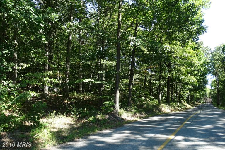 Hunter Rd, Mercersburg, PA 17236
