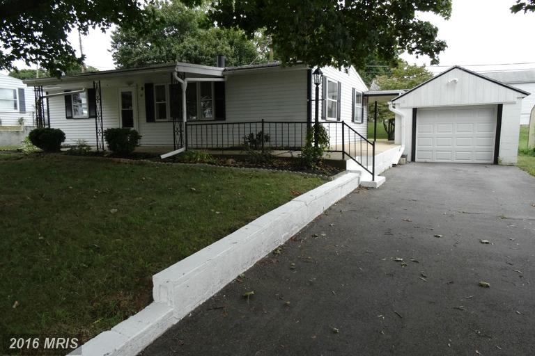 14 Forest Ave, Fayetteville, PA 17222