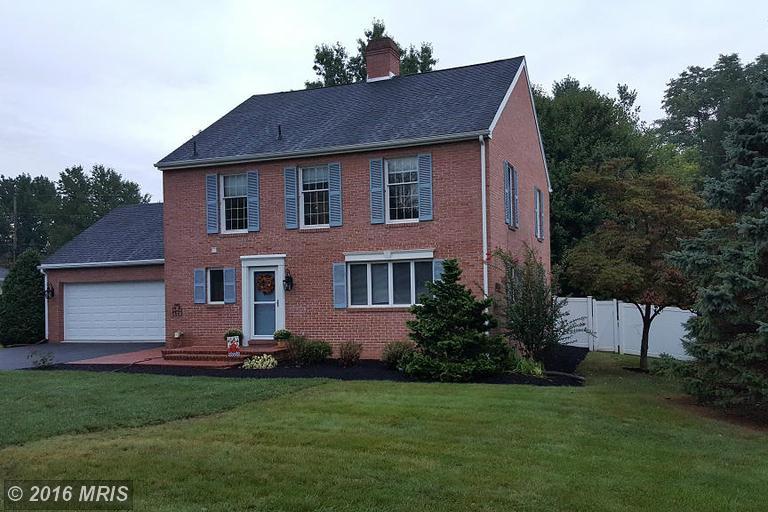9319 Meadowbrook Dr, Waynesboro, PA 17268