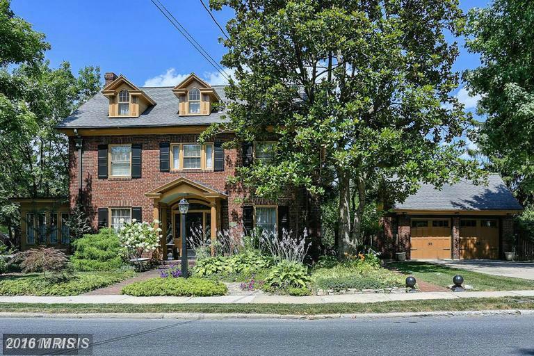 207 Norland Ave, Chambersburg, PA 17201