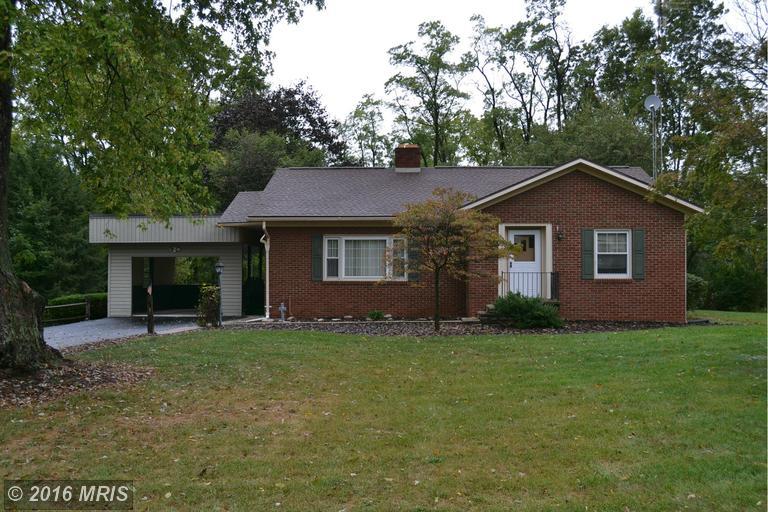 611 Pensinger Rd, Greencastle, PA 17225