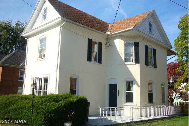 412 S Potomac St, Waynesboro, PA 17268