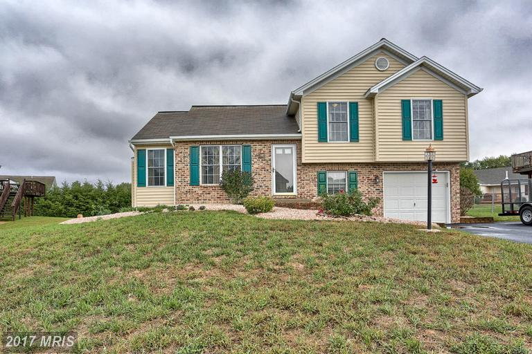 4530 Valley Cir, Fayetteville, PA 17222