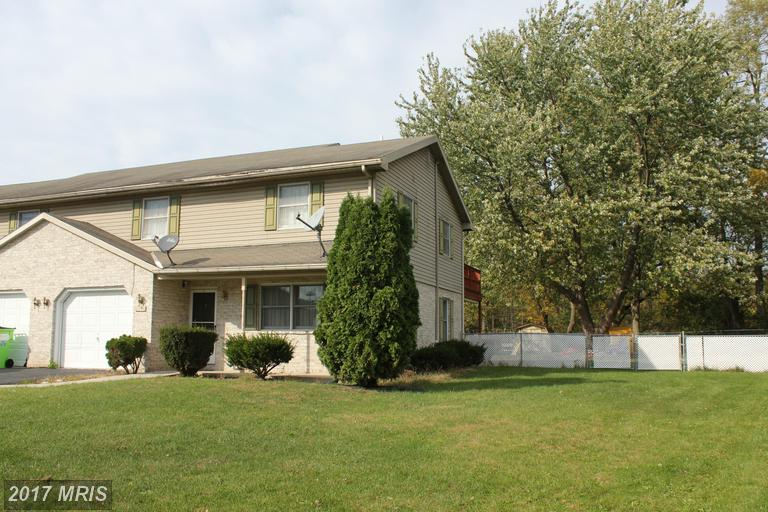 14754 Sherwood Dr, Greencastle, PA 17225
