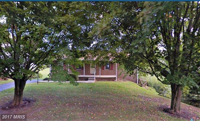 1181 Fiddlers Rd, Chambersburg, PA 17202