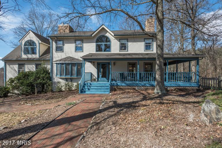 8964 Woodward Rd, Marshall, VA 20115