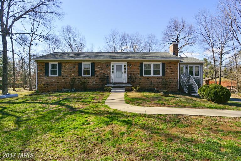 9556 Green Rd, Midland, VA 22728
