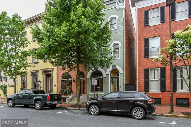 Victorian, Attach/Row Hse - FREDERICK, MD (photo 1)