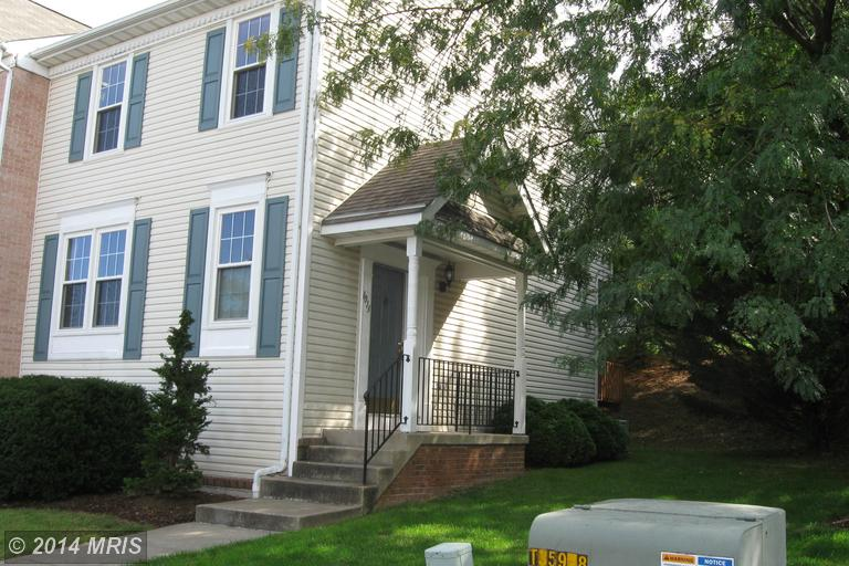 1013 Oak View Dr, Mount Airy, MD 21771