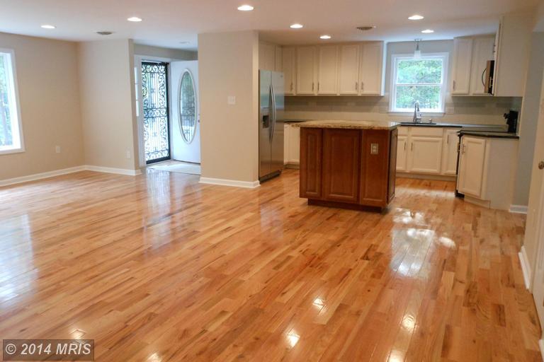 215 Estate Dr, Winchester, VA 22603