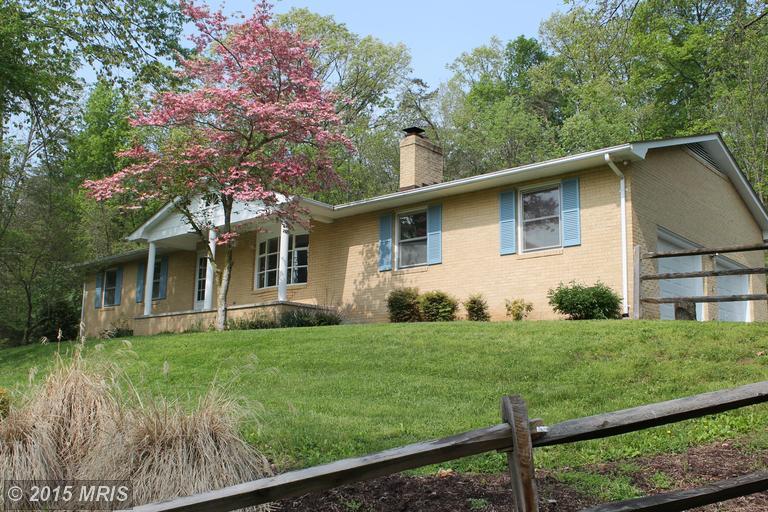 201 Spring Valley Dr, Winchester, VA 22603
