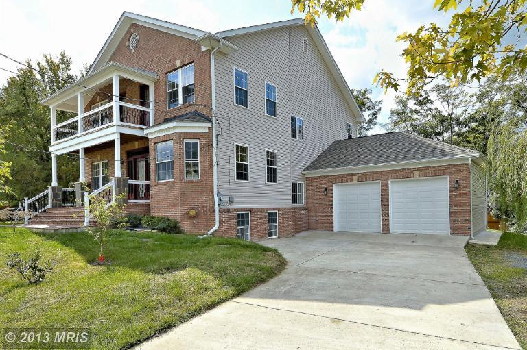 3804 Munson Rd, Falls Church, VA 22041