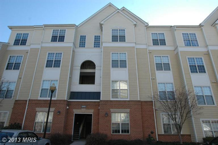 2103 Highcourt Ln # 401, Herndon, VA 20170