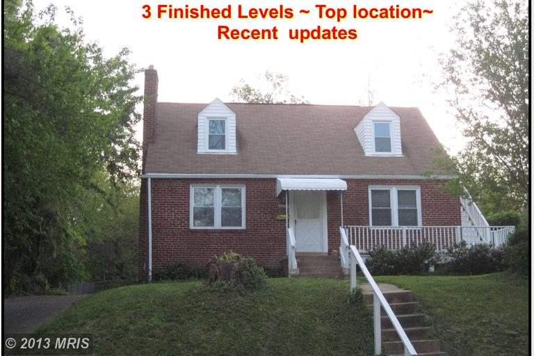2904 Lawrence Dr, Falls Church, VA 22042