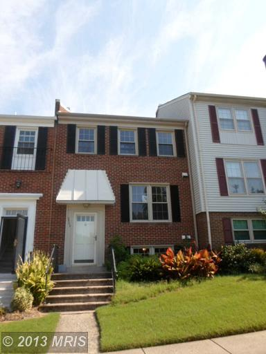 2502 Windbreak Dr, Alexandria, VA 22306