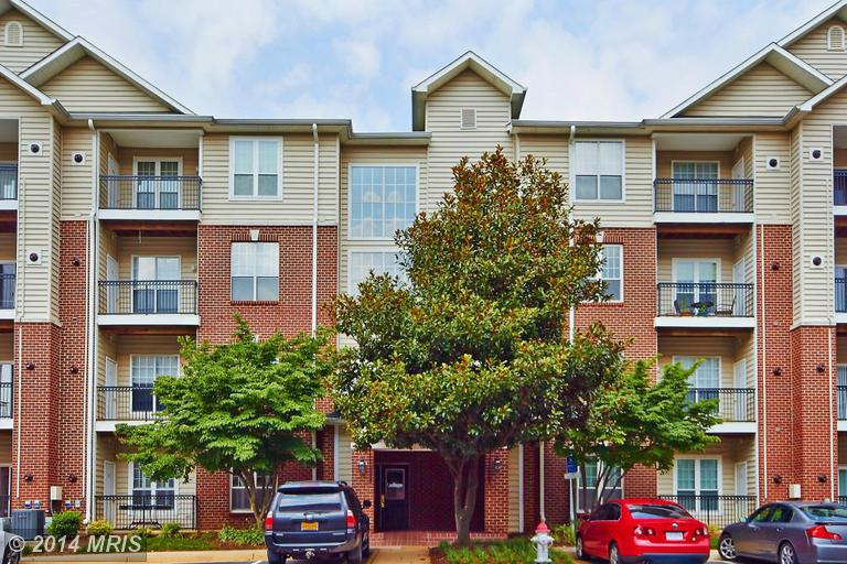 One of Tysons Corner 1 Bedroom Gated Homes for Sale