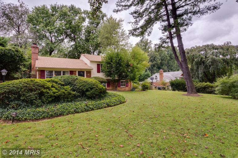 One of Pimmit Hills and Idylwood 4 Bedroom Basement Homes for Sale
