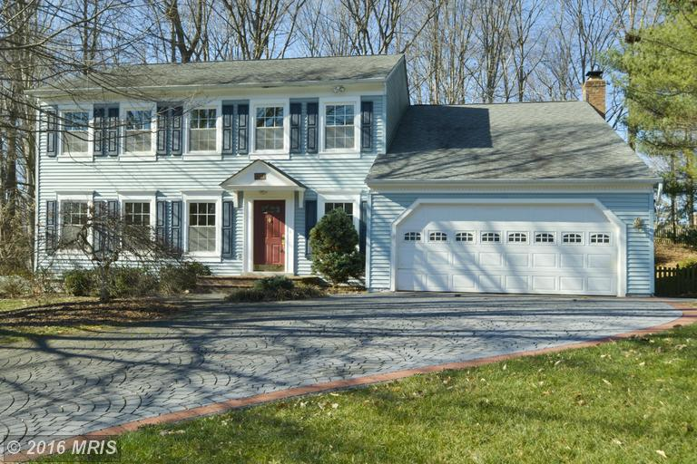 7702 Hilltopper Court Listing in Springfield North