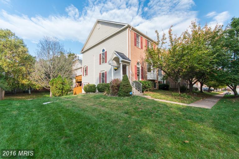 14729 Winterfield Ct, Centreville, VA 20120
