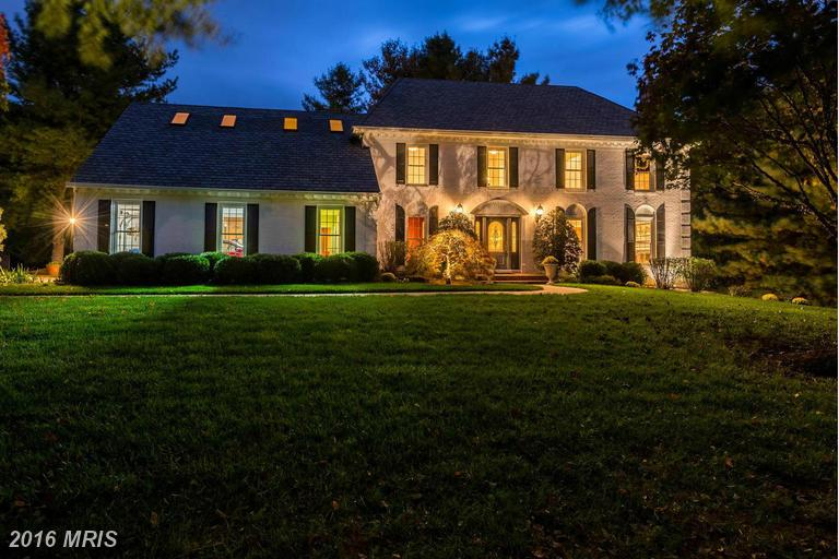 341 CANTERWOOD LANE, Great Falls in FAIRFAX County, VA 22066 Home for Sale