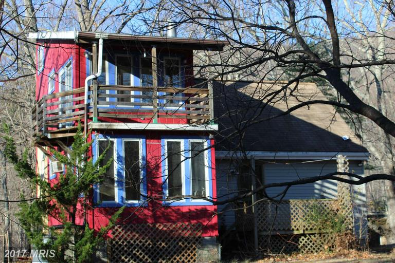 1481 Red Bird Dr, Stanardsville, VA 22973
